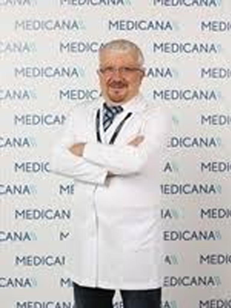 Op. Dr. Etem Ruhi Göre
